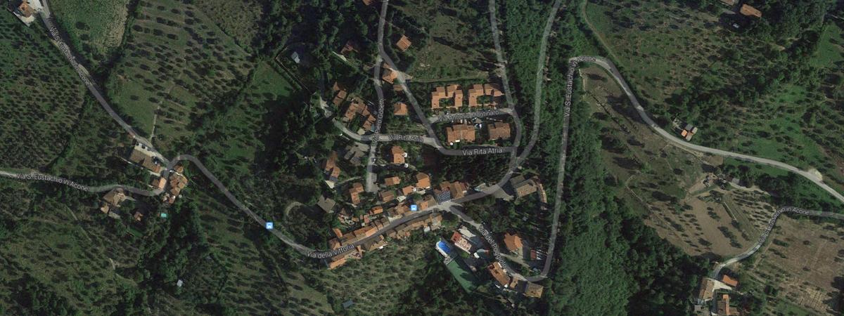 Acone vista dall'alto (fonte: GoogleMaps)