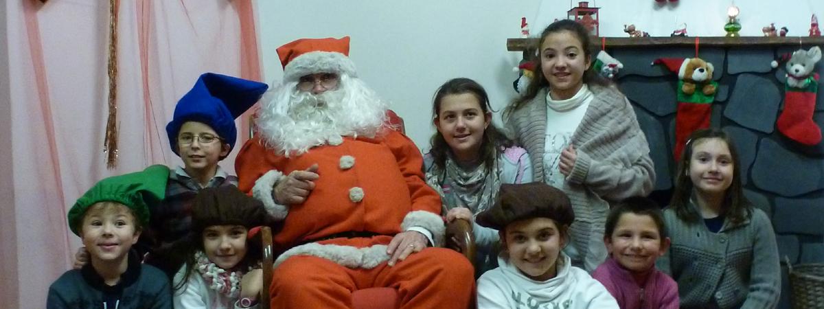 Ogni anno presso la Casa di Babbo Natale potete trovare... Babbo Natale in persona!!!
